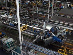 """Hyundai car assembly line"" by Taneli Rajala  Licensed under CC BY 2.5 via Wikimedia Commons"